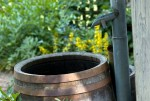 antique_rainbarrel